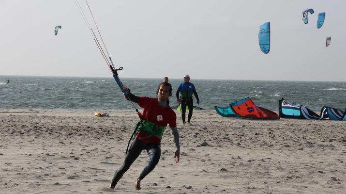 Kitesurfen-Schouwen-Duiveland-Kitesurfing Unterricht in der Nähe von Rotterdam-3