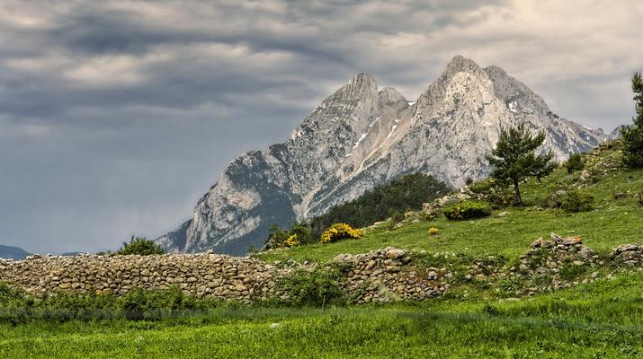 Hiking / Trekking-Spanish Catalan Pyrenees-Trekking to the Pedraforca peak in the Spanish Catalan Pyrenees-3