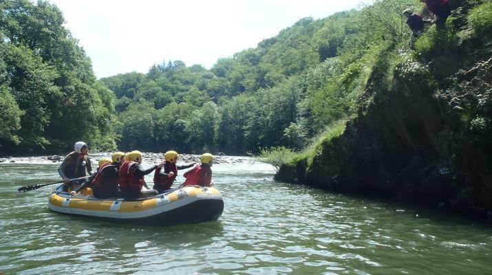 Rafting-Itxassou-Bidarray-Descente en Rafting de la Nive près de Biarritz-4