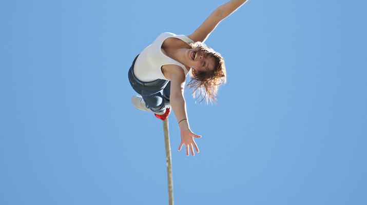 Bungee Jumping-Hanmer Springs-Bungy jumping in Hanmer Springs, New Zealand-1