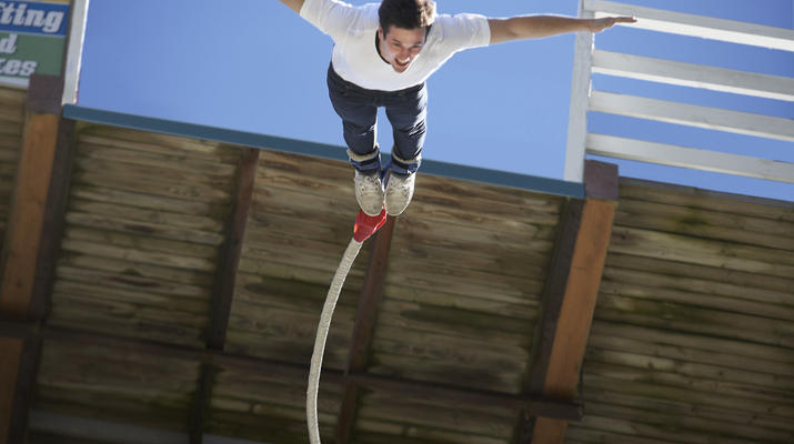 Bungee Jumping-Hanmer Springs-Bungy jumping in Hanmer Springs, New Zealand-6