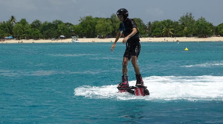 Flyboard/Hoverboard-Port-Louis, Grande-Terre-Session Flyboard ou Hoverboard en Guadeloupe-3