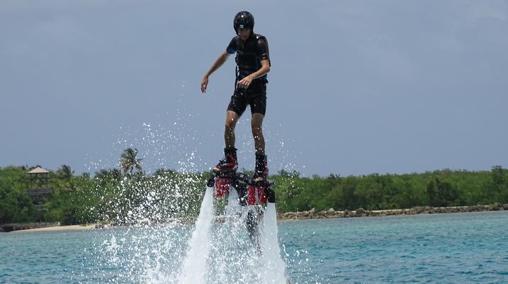 Flyboard/Hoverboard-Port-Louis, Grande-Terre-Session Flyboard ou Hoverboard en Guadeloupe-5