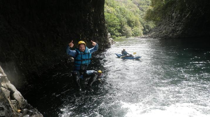 Canyoning-Rivière des Roches-Randonnée Aquatique au Bassin la Mer, Réunion-6