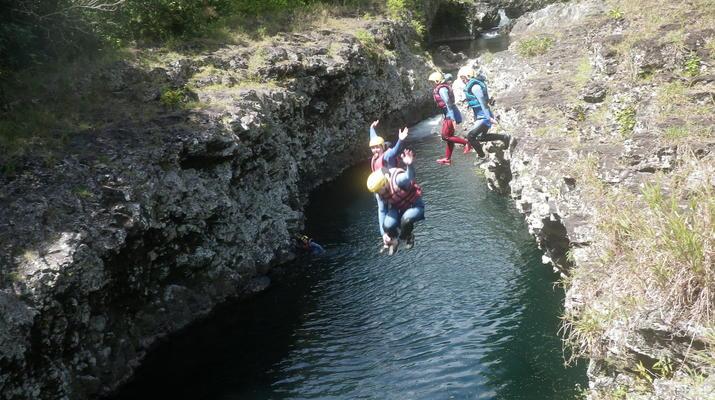 Canyoning-Rivière des Roches-Randonnée Aquatique au Bassin la Mer, Réunion-3