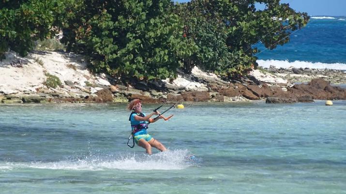 Kitesurf-Le Marin-Croisière catamaran et kitesurf de 10 jours / 9 nuits autour des îles Grenadines-1