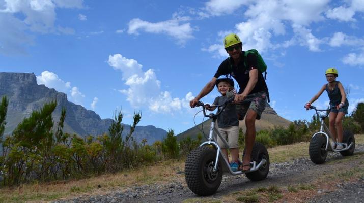 Trottinette-Le Cap-Pistes de descente en scooter sur Table Mountain-1