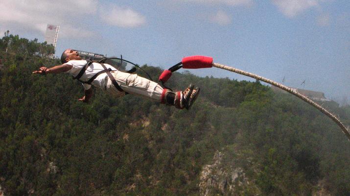 Bungee Jumping-Plettenberg Bay-World's highest bridge bungy, 216m from Bloukrans Bridge-9