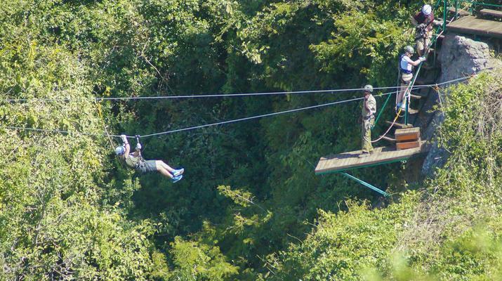 Accrobranche-Victoria Falls-Visite de la canopée à Victoria Falls-1