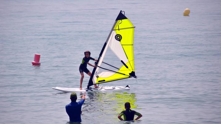Windsurfing-Tarifa-Windsurfing course for beginners in Tarifa-1