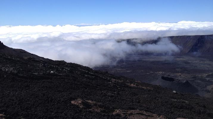 Randonnée / Trekking-Volcan Piton de la Fournaise-Randonnée sur le Piton de la Fournaise sur l'île de La Réunion-3