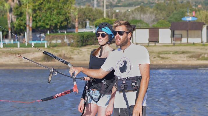 Kitesurfing-Tarifa-Kitesurfing lessons in Tarifa, Andalusia-2