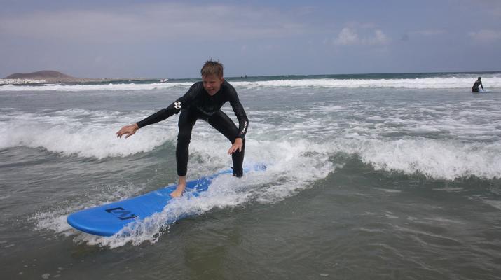 Surfing-Caleta de Famara, Lanzarote-Surf lessons in Caleta de Famara, Lanzarote-7