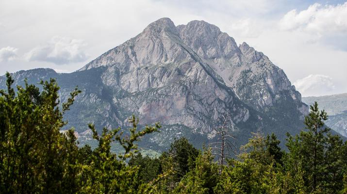 Hiking / Trekking-Spanish Catalan Pyrenees-Trekking to the Pedraforca peak in the Spanish Catalan Pyrenees-1