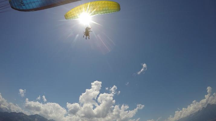Paragliding-Interlaken-Tandem paragliding flight above Interlaken-4