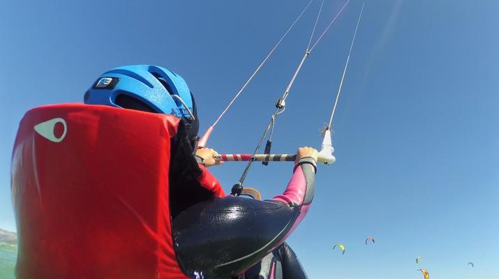 Kitesurfing-Tarifa-Kitesurfing lessons in Tarifa, Andalusia-4