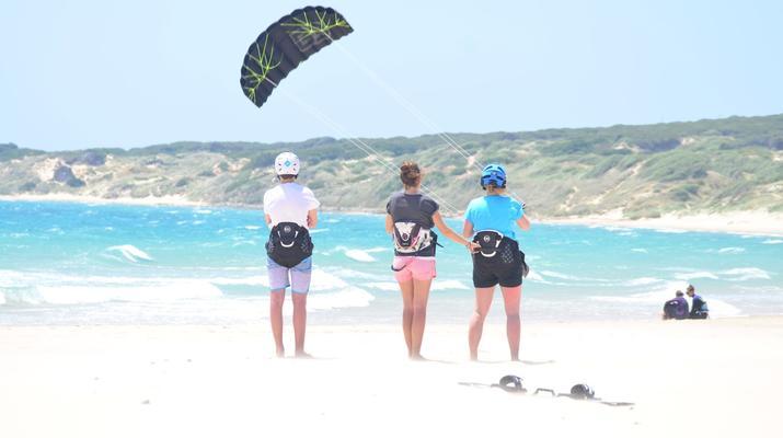 Kitesurfing-Tarifa-Kitesurfing lessons in Tarifa, Andalusia-6