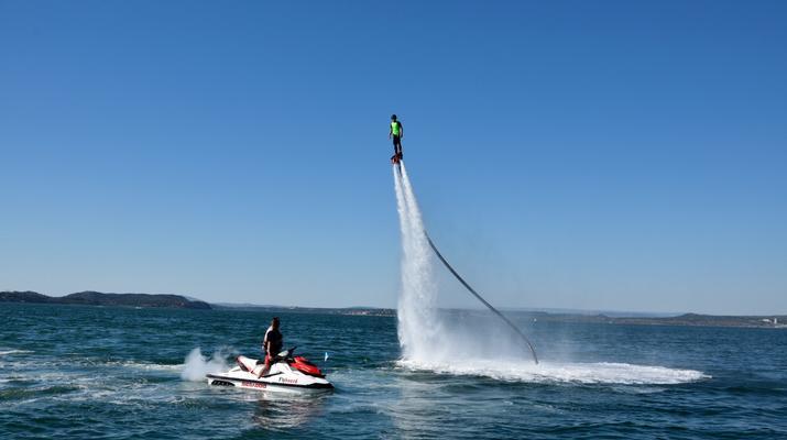 Flyboard/Hoverboard-Martigues-Session Flyboard sur l'Etang de Berre, près de Marseille-6