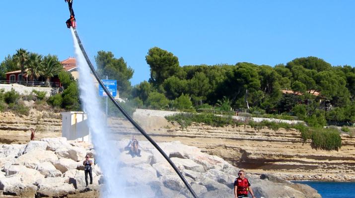 Flyboard/Hoverboard-Martigues-Session Flyboard sur l'Etang de Berre, près de Marseille-2
