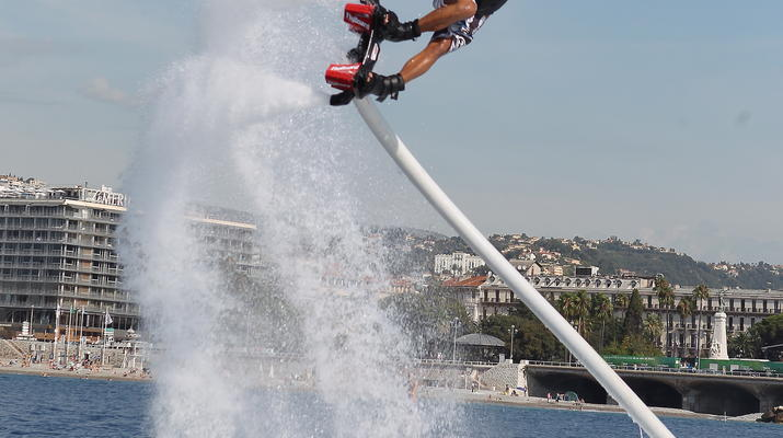Flyboard/Hoverboard-Nice-Session Flyboard à Nice-3