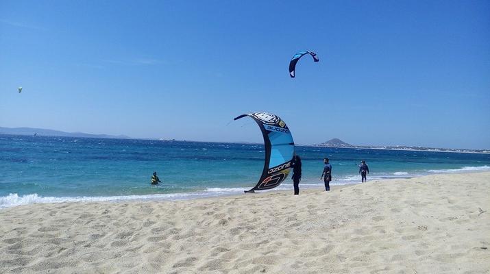 Kitesurfing-Naxos-Beginner to advanced kitesurfing courses in Mikri Vigla-2