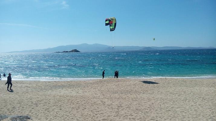 Kitesurfing-Naxos-Beginner to advanced kitesurfing courses in Mikri Vigla-6