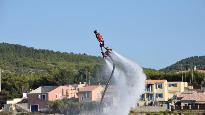 Flyboard/Hoverboard-Martigues-Session Flyboard sur l'Etang de Berre, près de Marseille-3