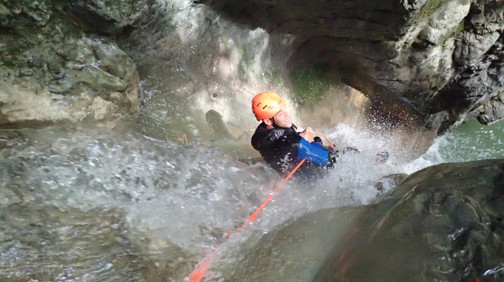Canyoning-Annecy-Canyon d'Angon près du Lac d'Annecy-2