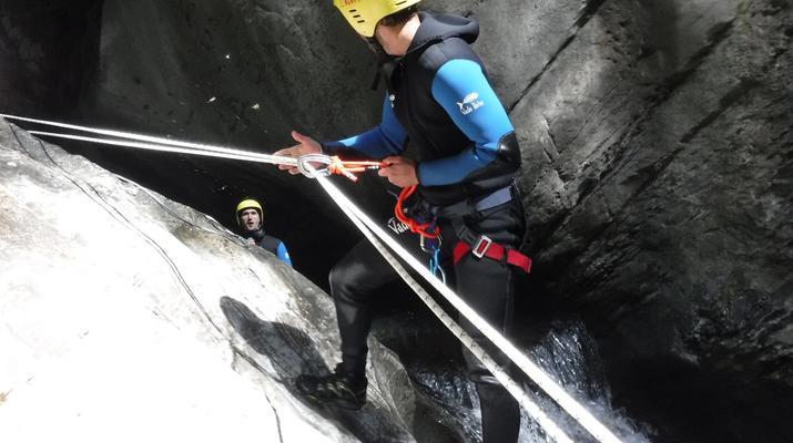 Canyoning-Laruns-Canyon du Bitet Inférieur dans la vallée d'Ossau, Laruns-2