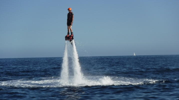 Flyboard/Hoverboard-Cannes-Session Flyboard à Théoule-sur-Mer-1