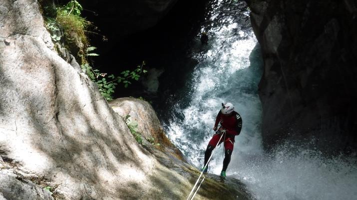 Canyoning-Laruns-Canyon du Bitet Inférieur dans la vallée d'Ossau, Laruns-1