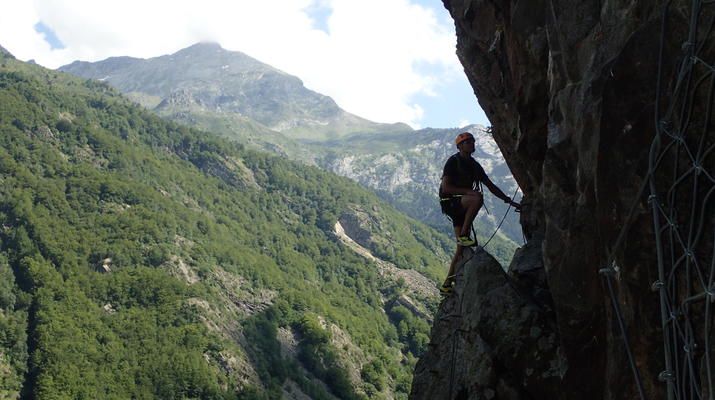 Via Ferrata-Gavarnie-Canyoning et Via Ferrata près du Cirque de Gavarnie-7