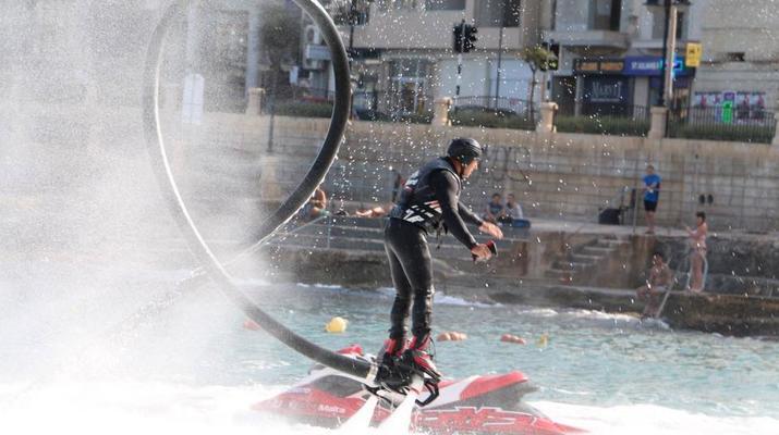 Flyboard/Hoverboard-Malte-Séances de vol à Birkirkara, Malte-3