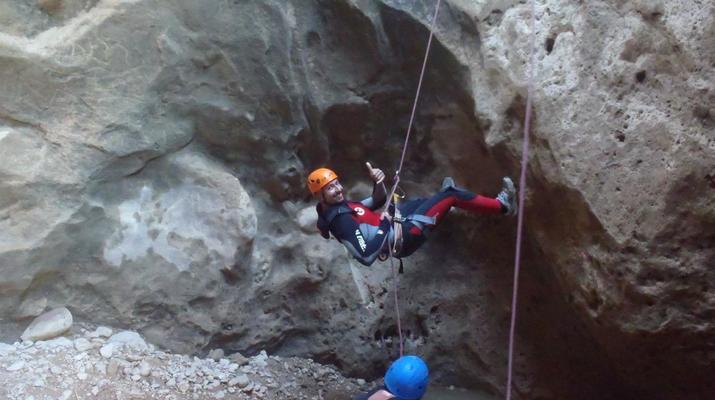 Canyoning-Gorgo de la Escalera-Canyoning at Gorgo de la Escalera near Valencia-8