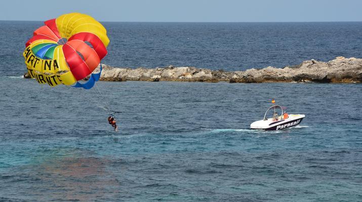 Parasailing-Santa Eulària des Riu-Parasailing flight from Es Canar, in Santa Eulària des Riu, Ibiza-1