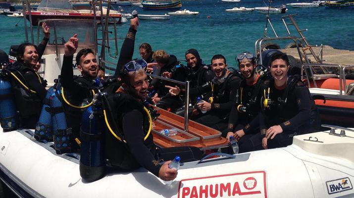 Plongée sous-marine-Malte-Cours PADI Open Water dans la baie de Mellieha, Malte-2