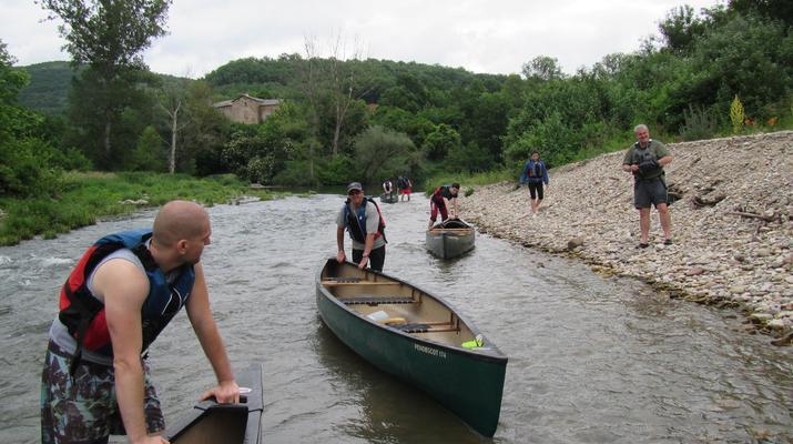 Curso de Superviviencia-Viaduc de Millau-Curso de Bushcraft en Grand Causses cerca de Millau-5