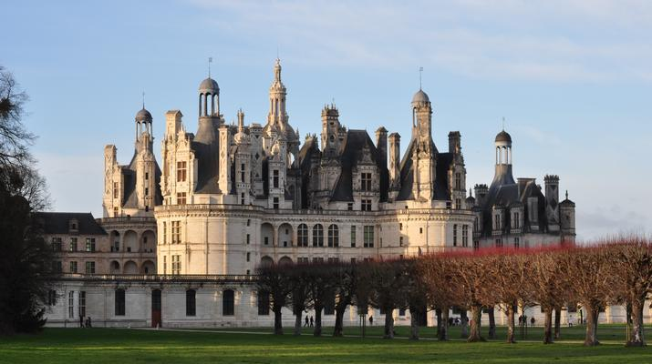 Helicopter tours-Tours-Scenic flight over the châteaux of the Loire Valley, France-4