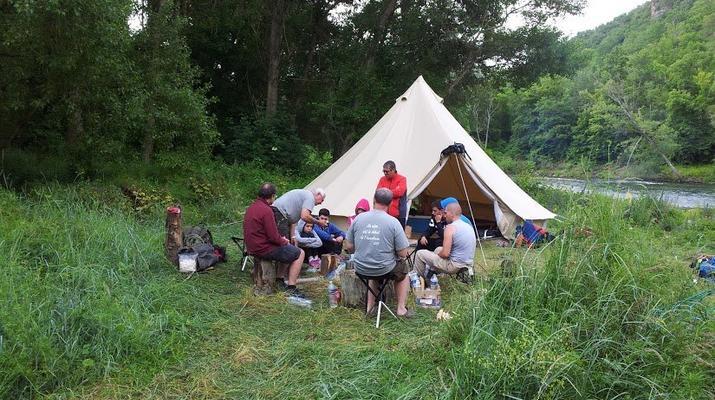 Curso de Superviviencia-Viaduc de Millau-Curso de Bushcraft en Grand Causses cerca de Millau-21