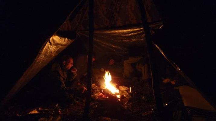 Curso de Superviviencia-Viaduc de Millau-Curso de Bushcraft en Grand Causses cerca de Millau-7