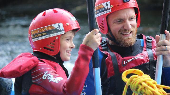 Rafting-Denbighshire-Rafting down the River Dee in Llangollen-2