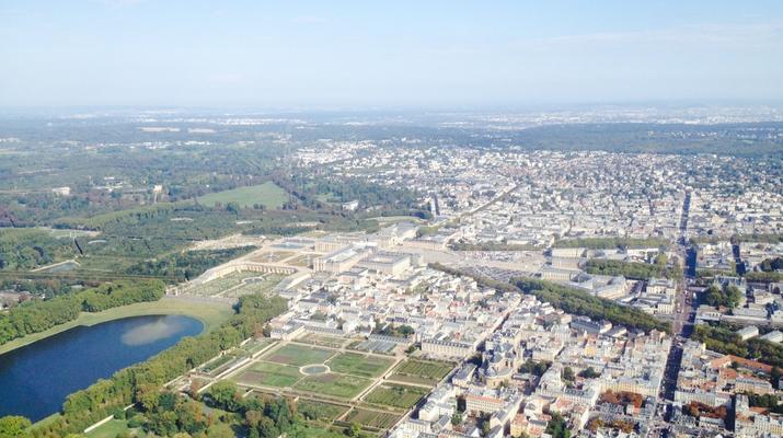Helicopter tours-Paris-Helicopter ride over Paris and the Château de Versailles-6