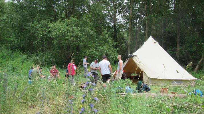 Curso de Superviviencia-Viaduc de Millau-Curso de Bushcraft en Grand Causses cerca de Millau-27