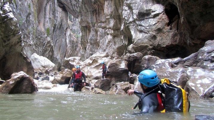 Canyoning-Marbella-Buitreras canyoning in El Colmenar, near Marbella-3