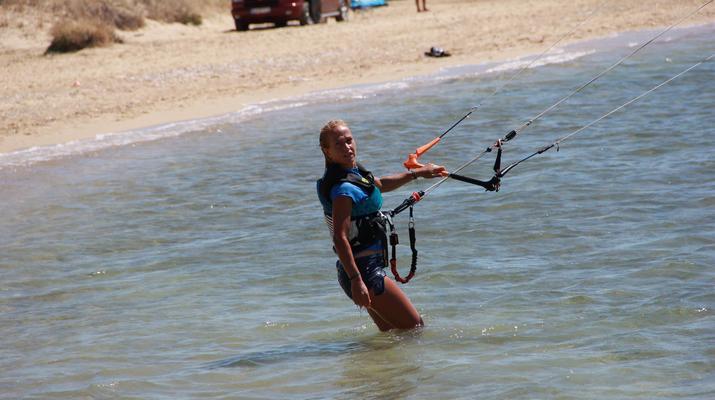 Kitesurfing-Paros-IKO Kitesurfing courses in Pounda, Paros-8