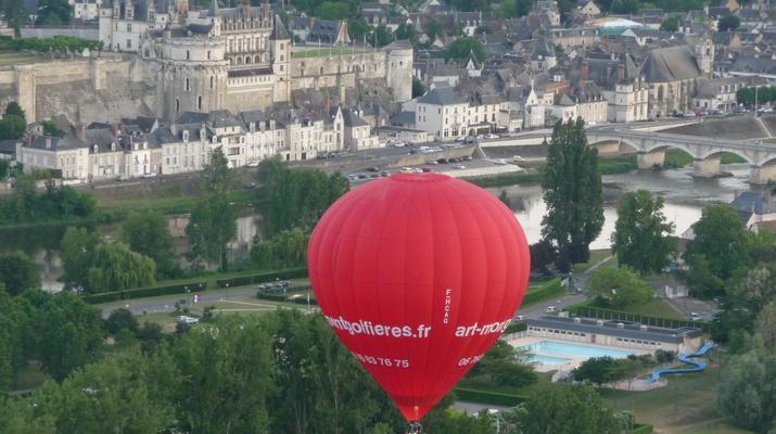 Hot Air Ballooning-Tours-Hot air balloon flight in Amboise, Touraine-3