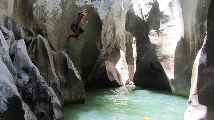 Canyoning-Marbella-Buitreras canyoning in El Colmenar, near Marbella-4