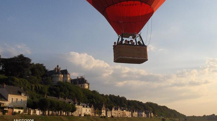 Hot Air Ballooning-Tours-Hot air balloon flight in Amboise, Touraine-4