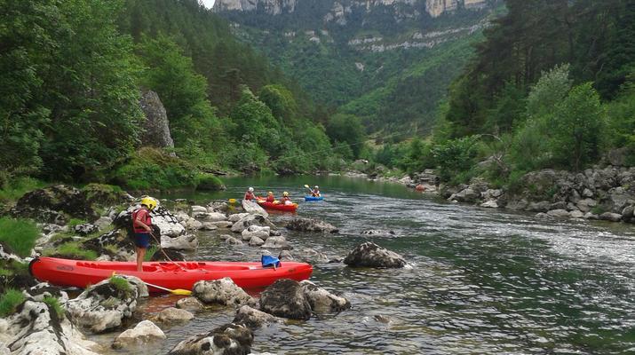 Canoë-kayak-Gorges du Tarn-Location de canoë-kayak dans les Gorges du Tarn près de Millau-1