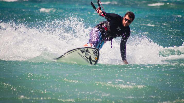 Kitesurfing-Paros-IKO Kitesurfing courses in Pounda, Paros-4
